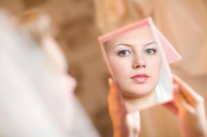 Vous êtes le reflet de votre réflexion ! dans Georges Amoako miroir-reflet-9226