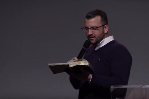 Un message aux justifiés: Nagez dans Son amour