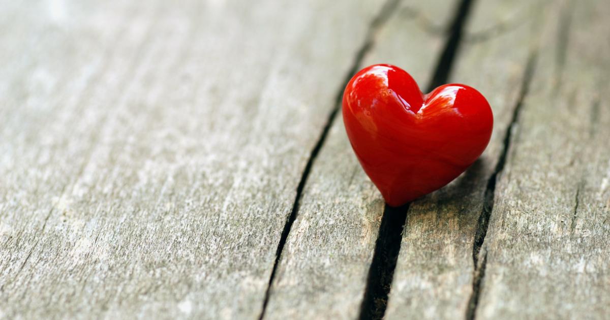 18 Versets Bibliques Sur L Amour Emci Tv